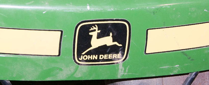 Where to Find the Model and Serial Number on a John Deere Riding Mower or Tractor Main Image