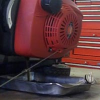 Changing & Draining Your Walk Behind Lawn Mower's Oil Thumbnail