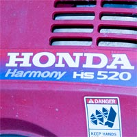 Where to Find the Model and Serial Number on a Honda Snow Blower Thumbnail