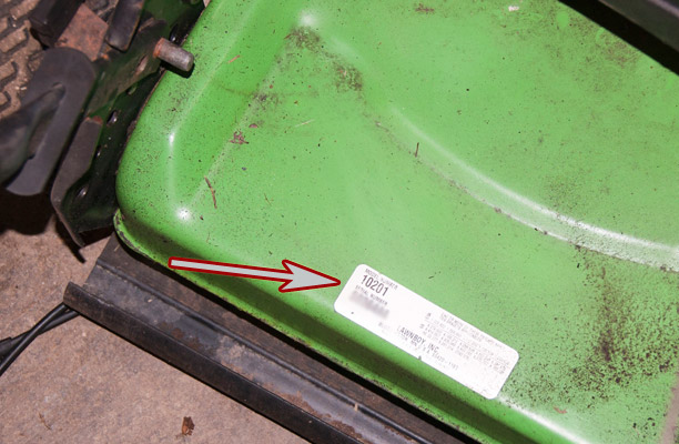 Lawn-Boy 2-Cycle Push Mower Model and Serial Number Location